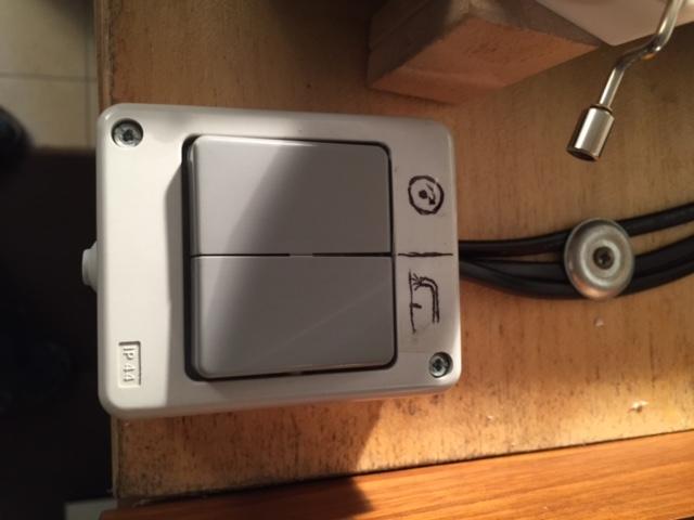 Doppelschalter (Plattenteller / Saugpumpe)